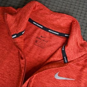 Nike running dry fit top